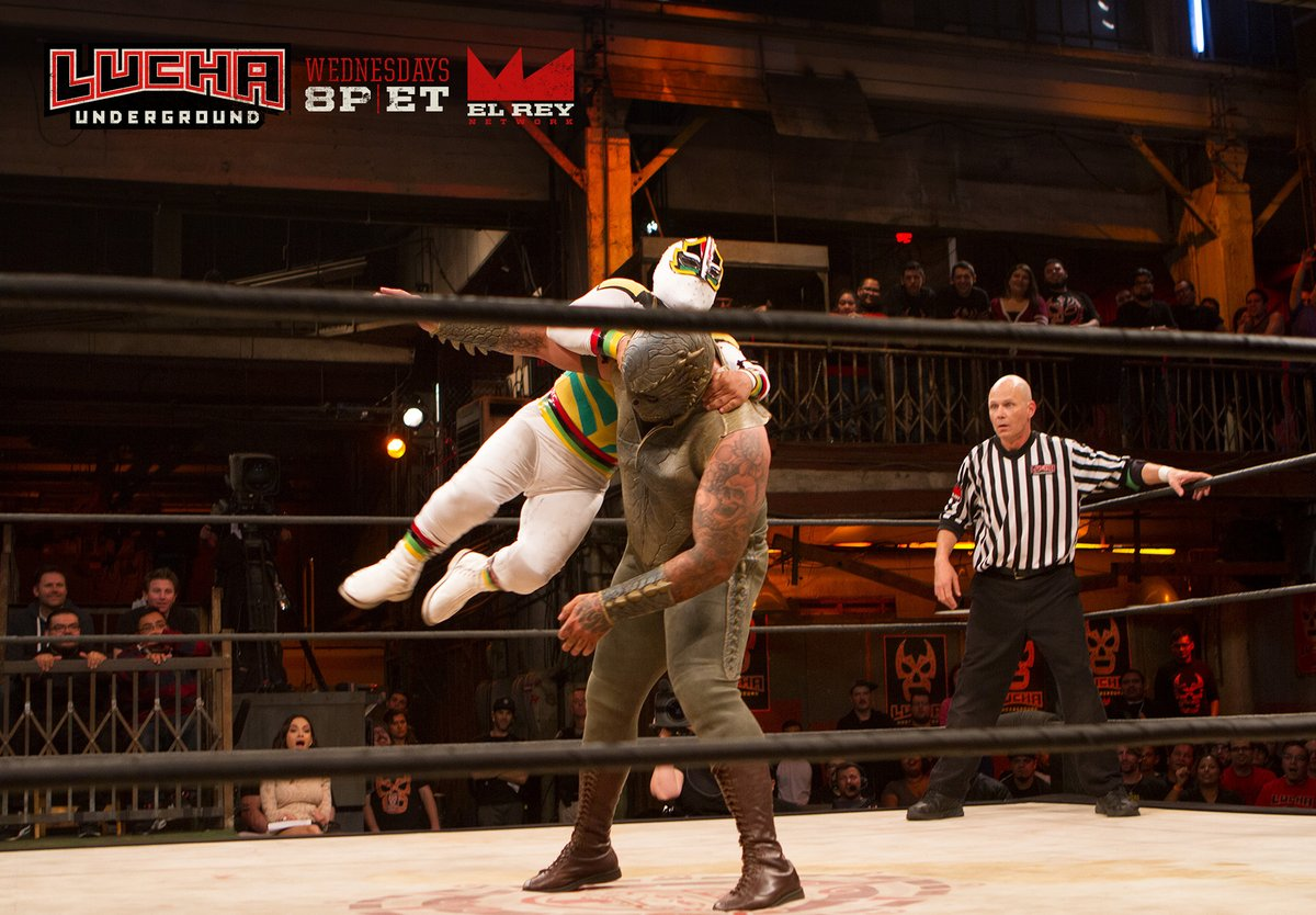 Lucha Underground S03E23: Family First